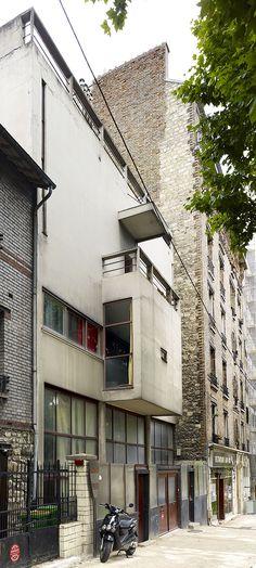 Villa La Roche, also Maison La Roche, Paris, France by Le Corbusier