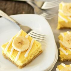 Banana white chocolate cheesecake bars are delicious, and an easy dessert recipe! This is an ALMOST no-bake dessert recipe.The best banana pudding dessert!