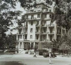 """Κηφισιά , το ξενοδοχείο """"Παλάς"""". Φωτογραφία: Γκινάκου, Αρχείο Μουσείου Μπενάκη"""