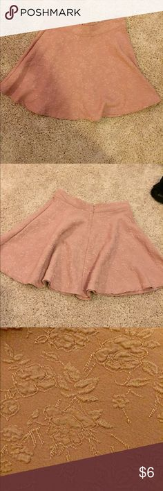 Skater style type skirt Pink, with flora print pattern. Could be worn in casual setting or dressy. Hook in the back with zipper broke but still able to wear. Very cute. Color is kind of a pastel-pink color Forever 21 Skirts Circle & Skater
