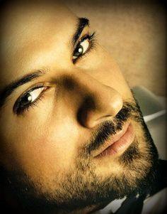 handsome men | 3048724248_eea69cda6c.jpg