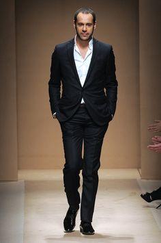 Massimiliano Giornetti's debut collection as creative director of women's collection - Salvatore Ferragamo Fall 2010