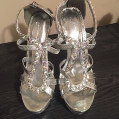 "Glamazon Johnathan Kayne Heels. Never worn Used for display only. Very Cute!! 5.25"" heel Shoes Heels"
