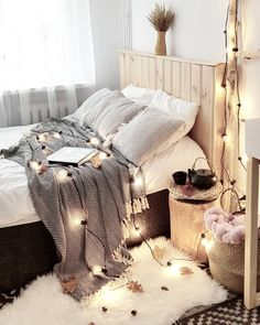 Pin by diy home decor for apartments! on diy home decor cham Dream Rooms, Dream Bedroom, Home Bedroom, Bedroom Decor, Bedroom Ideas For Teen Girls, Girls Bedroom, Bedrooms, Decoration Inspiration, Room Inspiration