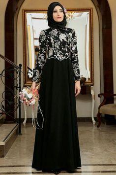 58 New Ideas Fashion Hijab Dress Black Batik Fashion, Abaya Fashion, Modest Fashion, Fashion Dresses, Unique Fashion, Fashion Fashion, Muslim Women Fashion, Islamic Fashion, Hijab Evening Dress