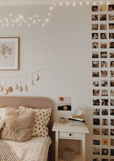 Room inspo You are in the right place about decoration bedroom white Here we offer you the most beautiful pictures about the decoration bedroom wood you are looking for. When you examine the Room inspo part of the picture you can get the massage we … Cute Room Decor, Teen Room Decor, Room Ideas Bedroom, Diy Bedroom Decor, Home Decor, Girls Bedroom, Bedroom Inspo, Bedroom Furniture, Tumblr Room Decor