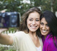 7 truques infalíveis para tirar a selfie perfeita (e os 5 melhores celulares para isso) - Bolsa de Mulher