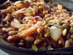 """Living the Gourmet: Onions and Beans with a """"Kick""""!!!"""