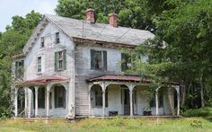 Abandoned home in Greenwich, New Jersey.
