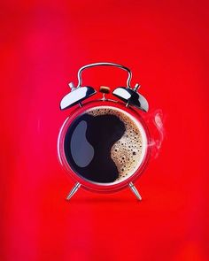 Clock Design İdeas 301670875037929502 - 10 Creative Print Ad Campaigns That Will Make You Look Twice // Nescafe Print Advertising Campaign // Coffee Print Ads // The Best Alarm Clock To Wake You Up In The Morning Source by doomcaniot Creative Advertising, Ads Creative, Creative Posters, Advertising Poster, Advertising Design, Creative Design, Product Advertising, Coffee Advertising, Advertising Ideas