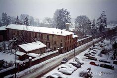 """""""Mompiano sotto la neve - Via Ambaraga - 1988"""" http://www.bresciavintage.it/brescia-antica/documenti-storici/mompiano-la-neve-via-ambaraga-1988/"""