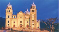 Esta es la basílica de la Virgen de Suyapa patrona de Honduras