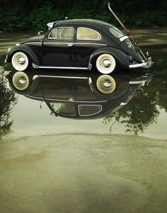 Helmut krone vw beetle campaign 1960s ddb ny campaigns beetle with reflection fandeluxe Images