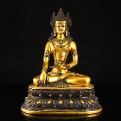 Chinese Gilt Gold Bronze Ratnasambhava Buddha Statue 中國明代 鎏金青銅 寶生如來佛像 Theravada Buddhism, Buddha Statues, Bronze Sculpture, Art Auction, Chinese Art, Incense, Oriental, Sculptures, Asian
