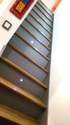 decoration escalier avec eclairage led derriere la rampe escaliers pinterest led and. Black Bedroom Furniture Sets. Home Design Ideas