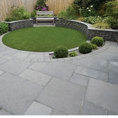 15 DIY Garden Path Ideas With Tutorials 15 DIY Garden Path Ideas With Tutorials Traditional Cottage Garden Paving Ideas in keyword Back Garden Design, Modern Garden Design, Backyard Garden Design, Diy Garden, Garden Landscape Design, Backyard Landscaping, Shade Garden, Landscaping Ideas, Patio Design