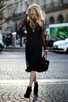 Street style Paris Fashion Week otono invierno 2014 เป็นการแต่งตัวของคนอายุ25-35ปี เป็นคนชนชั้นสูง
