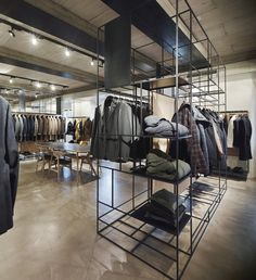 Lardini Showroom by Meregalli Merlo Architetti Associati & Andrea Carmignola, Milan – Italy » Retail Design Blog