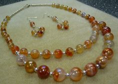 This set is made with silver findings and beautiful carnelian rounds