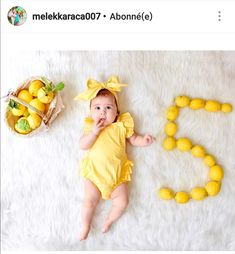 Monthly Baby Photos, Newborn Baby Photos, Baby Girl Photos, Baby Poses, Cute Baby Pictures, Baby Girl Newborn, Foto Baby, Newborn Baby Photography, Kids