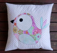 Pip and Ellie Applique Cushion PDF Pattern от claireturpindesign Bedroom Cushions, Cushions On Sofa, Throw Pillows, Diy Cushion Covers, Pillow Covers, Quilt Patterns, Stitch Patterns, Applique Cushions, Small Sewing Projects