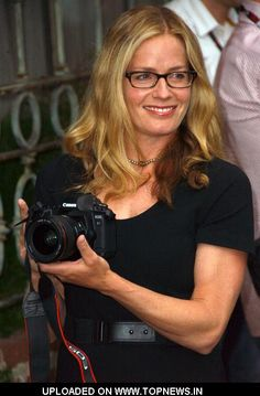 Elizabeth Shue #actress #movies #glasses