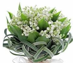 Lily of the Valley bouquet with palm. What a pretty bouquet for a Easter wedding. Bridal Flowers, Flower Bouquet Wedding, White Flowers, Floral Wedding, Beautiful Flowers, Boquet, Pink Tulips, Gold Wedding, Deco Floral
