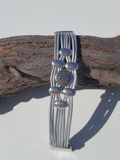 Bracelet cuir multiRow perles fermeture magnétique