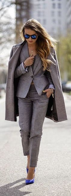 Grey Suit And Blue Heels Outfit Idea women fashion outfit clothing stylish apparel closet ideas Casual Work Outfits, Professional Outfits, Work Attire, Work Casual, Office Fashion, Grey Fashion, Work Fashion, Womens Fashion, Fashion Trends