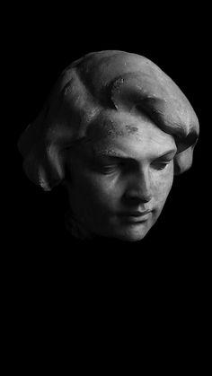 """Leone Tommasi (Pietrasanta 1903 - 1965), """"Volto di donna"""""""