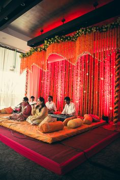 They only did one layer of varying heights, but I think having multiple layers like that could create an interesting space. Marriage Decoration, Wedding Stage Decorations, Engagement Decorations, India Wedding, Desi Wedding, Wedding Mandap, Wedding Venues, Mehndi Decor, Mehendi