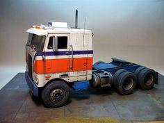 Peterbilt 352 Pacemaker - Automotive Forums .com Car Chat