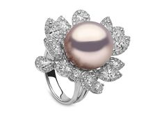 Yoko London 18kt white gold and natural colour Freshwater pearl ring with 3.37cts diamonds.