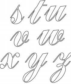 ALFABETO CURSIVO: Moldes, Para Imprimir Tattoo Lettering Design, Graffiti Lettering Fonts, Hand Lettering Fonts, Creative Lettering, How To Write Calligraphy, Calligraphy Letters, Copperplate Calligraphy, Alphabet Stencils, Alphabet Art
