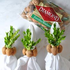 DIY napkin rings are a beautiful use for In-Shell Diamond Walnuts and are an easy way to decorate your table! Arts And Crafts, Diy Crafts, Snack Recipes, Snacks, Party Places, Craft Activities, Diy Tutorial, Napkin Rings, Chips