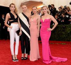 Cara Delevingne, Stella McCartney, Kate Bosworth y Reese Witherspoon all wearing Stella McCartney