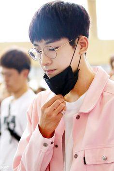 Wonwoo in glasses. <3 <3 <3