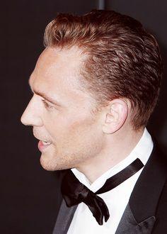 http://hiddleston-daily.tumblr.com/