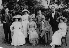 The Victorians, fashions and clothing in the 19th and 20th centuries