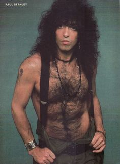 PAUL STANLEY & NIKKI SIXX pinup - Look at my hairy chest! - ZTAMS