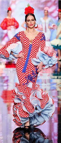 Pilar Rubio, Simof 2014. Flamenco Spanish Costume, Spanish Dress, Spanish Dancer, Spanish Woman, Fiesta Colors, Flamenco Dancers, International Style, Dot Dress, Indian Dresses
