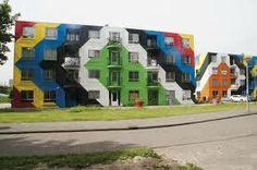 Hier een mooi voorbeeld van creatief omgaan met lelijke bouwblokken. Wij streven er ook naar om creatief te zijn in dit soort dingen. Niels Hagoort