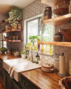 House decorate 69 Trendy farmhouse kitchen backsplash butcher blocks open shelves Is Your Child Read Modern Farmhouse Kitchens, Farmhouse Style Kitchen, Home Kitchens, Rustic Farmhouse, Farmhouse Ideas, Small Kitchens, Kitchen Modern, Farmhouse Sinks, Eclectic Kitchen