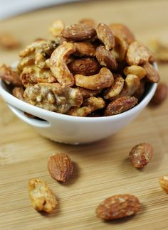 Barbecue Roasted Mixed Nuts ~ you will want a handful! www.thekitchenismyplayground.com