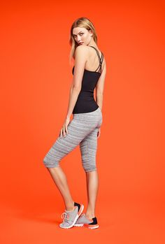 Karlie Kloss wears Joe Fresh ribbed tank and cropped yoga pants