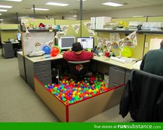How to decorate a office cubicle for a birthday