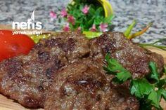 Orjinal Kasap Köfte ( Enfes mis ) Tarifi Meat Steak, Turkish Recipes, Food And Drink, Appetizers, Beef, Snacks, Chicken, Dinner, Meat Recipes