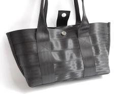The Everyday Bag - Black Purse from Recycled Seatbelts - Shoulder Bag / Handbag…
