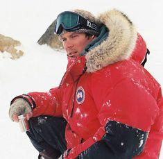 Paul Walker, Canada Goose Jackets, Winter Jackets, Fashion, Winter Coats, Moda, Winter Vest Outfits, Fashion Styles, Fashion Illustrations