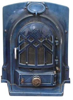 I want this in my life: art deco cast iron stove Art Deco Decor, Art Deco Home, Art Deco Design, Art Deco Fireplace, 1930s Fireplace, Fireplace Ideas, Fireplace Design, Art Nouveau, Old Stove